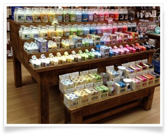 Yankee Candle Temptation Disaply